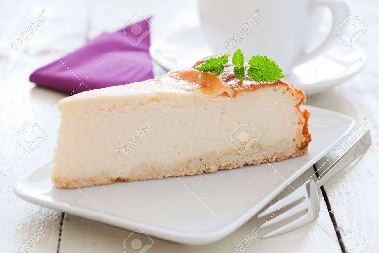 fresh cheesecake on a plate with mint Stock Photo - 11377940