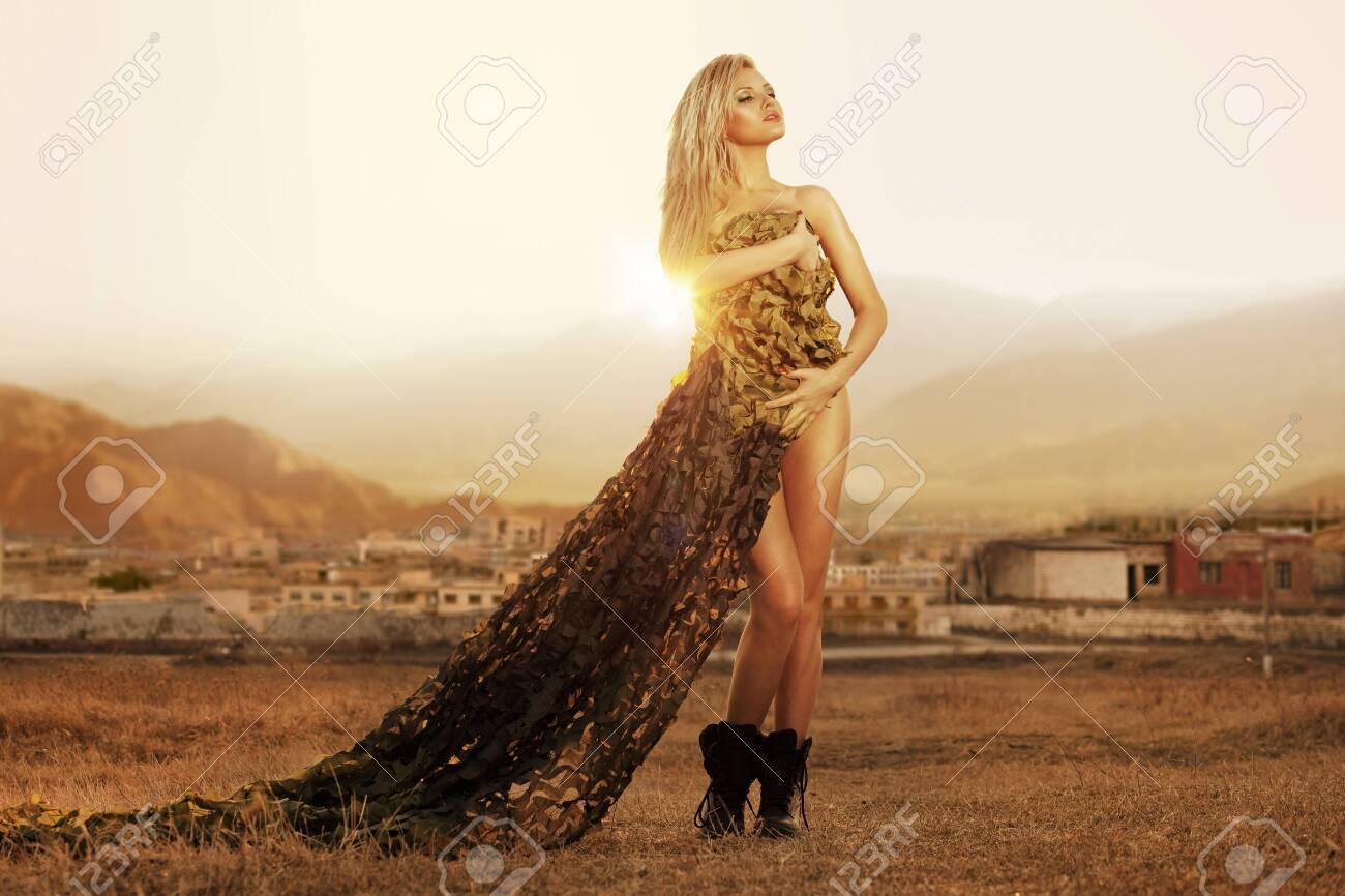 jessica chobot sexy
