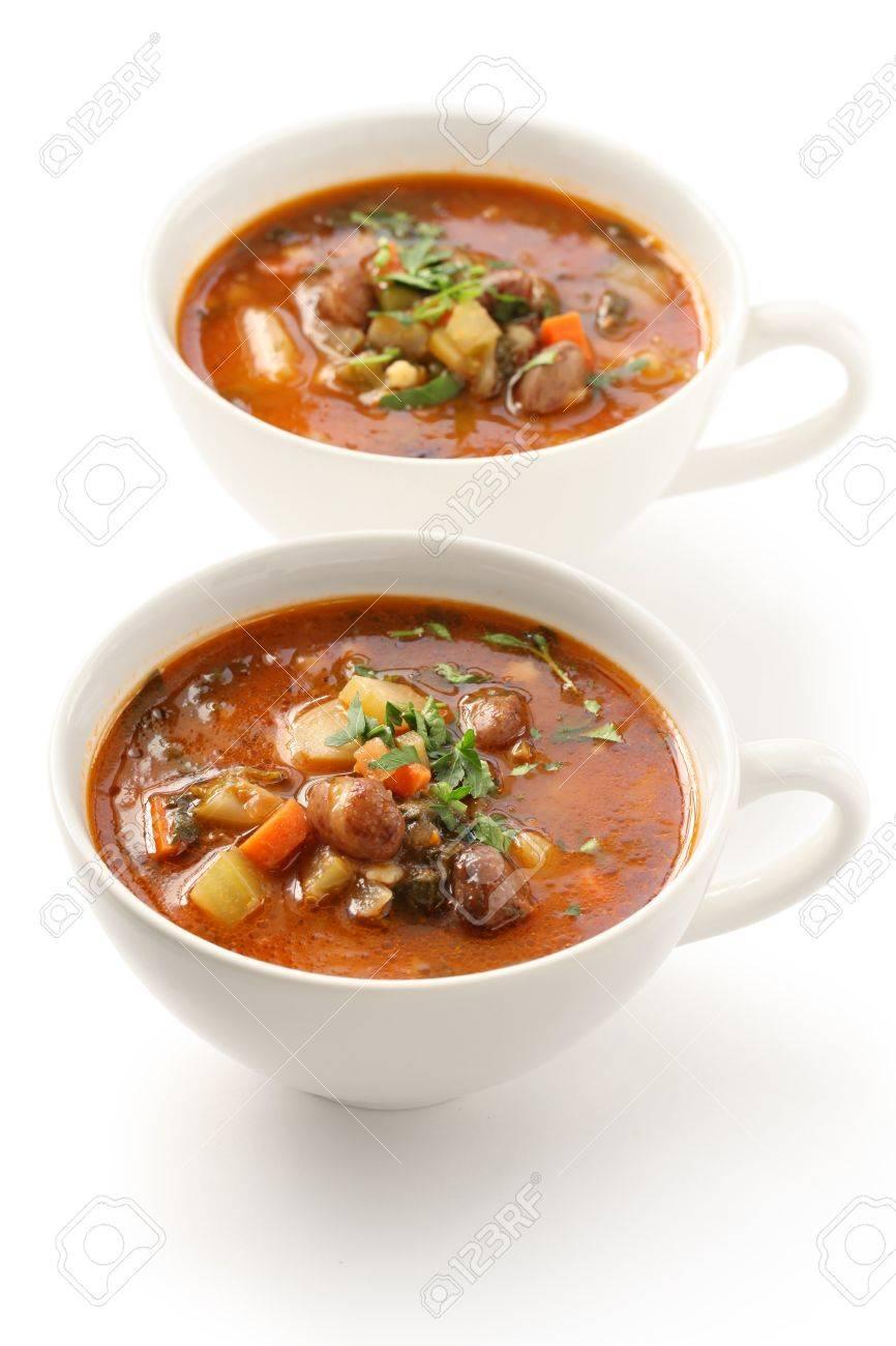 homemade minestrone soup, italian cuisine Stock Photo - 17420570