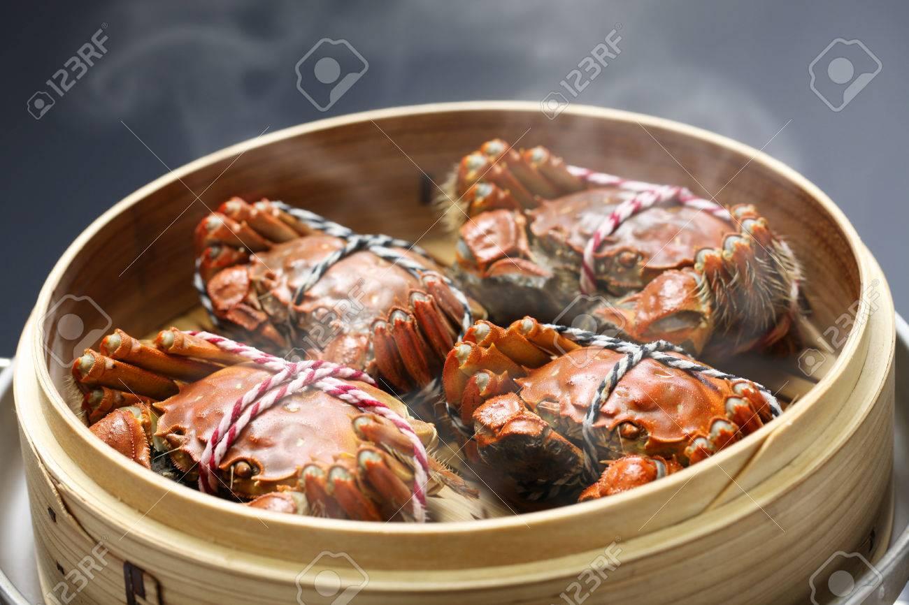 Fumante Shanghai Granchi Pelosi In Piroscafo Di Bambù, Cucina Cinese ...