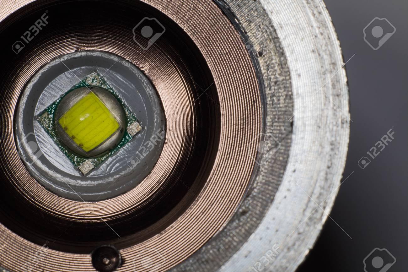 Primer Plano De LED En Un Marco De Hierro Fotos, Retratos, Imágenes ...