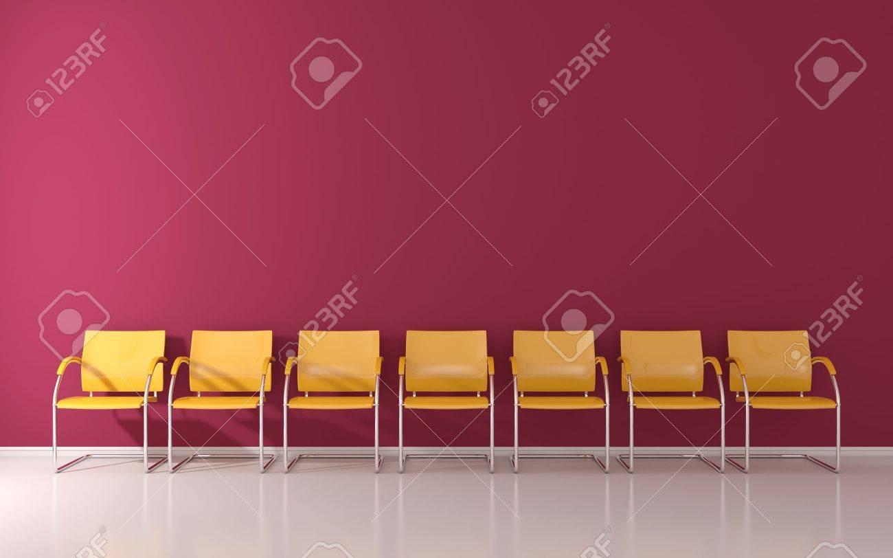 Gelbe Stühle Im Wartezimmer Lizenzfreie Fotos Bilder Und Stock