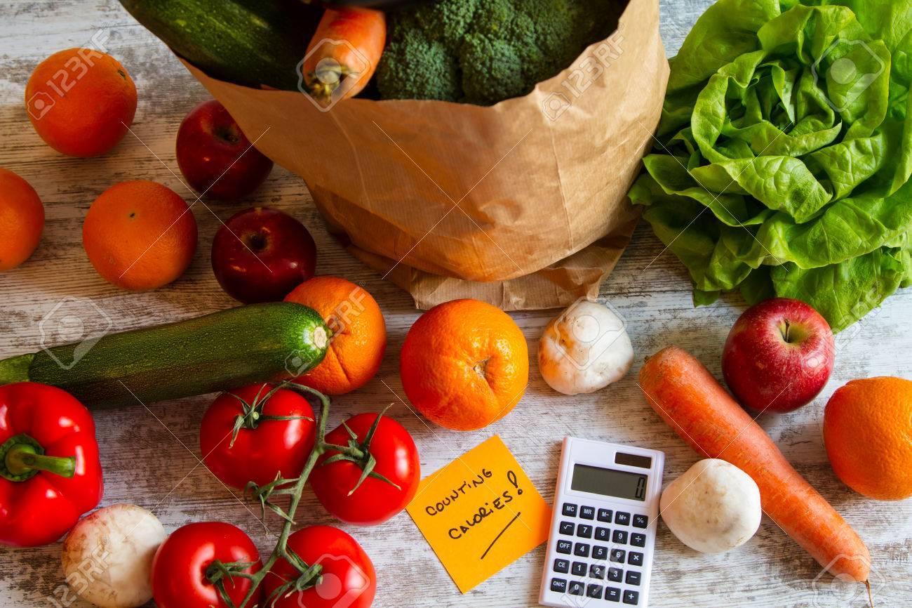 Kalorienzahlen Diat Von Obst Und Gemuse Lizenzfreie Fotos Bilder