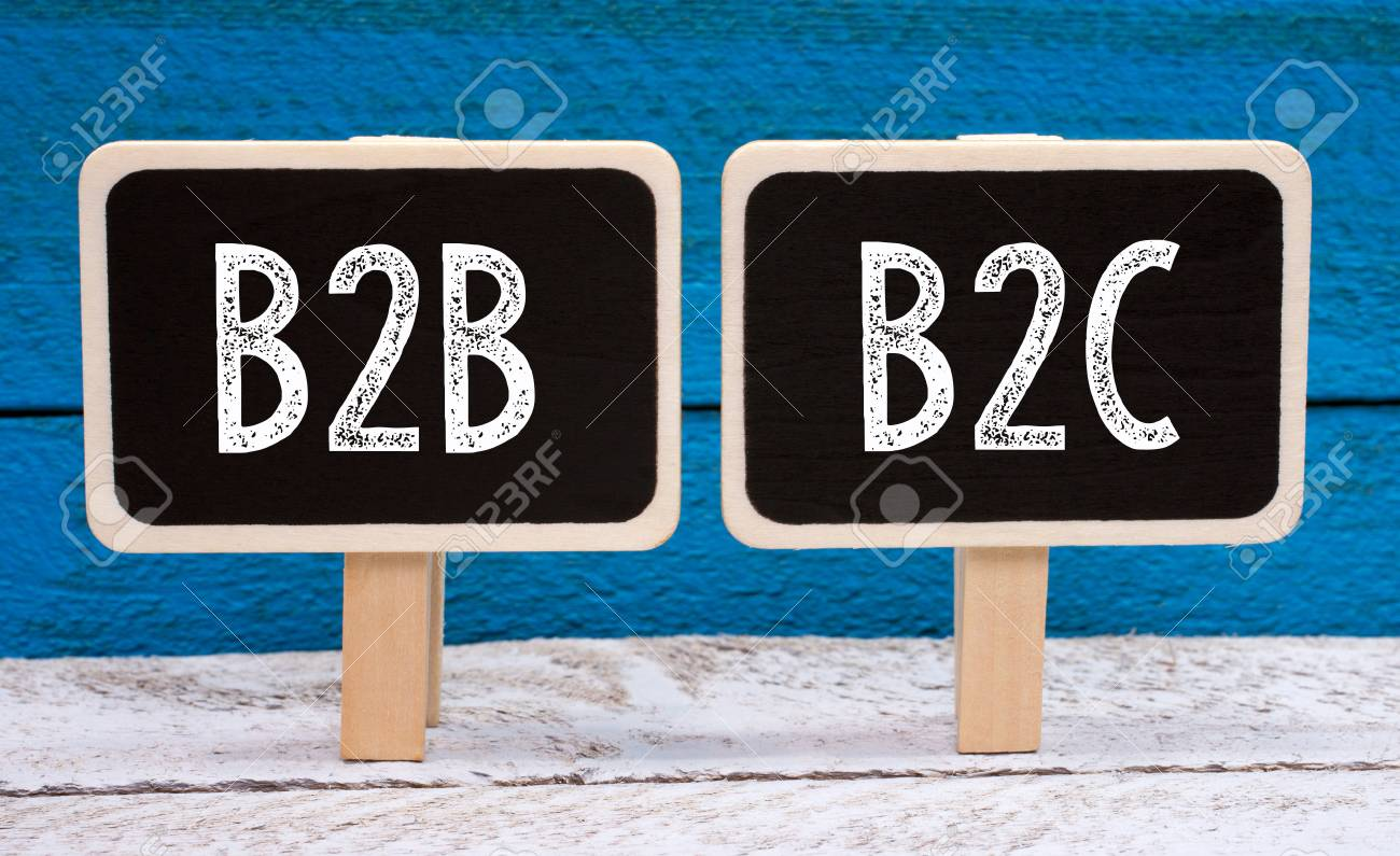 B2B and B2C business - two little chalkboards with text - 82619982