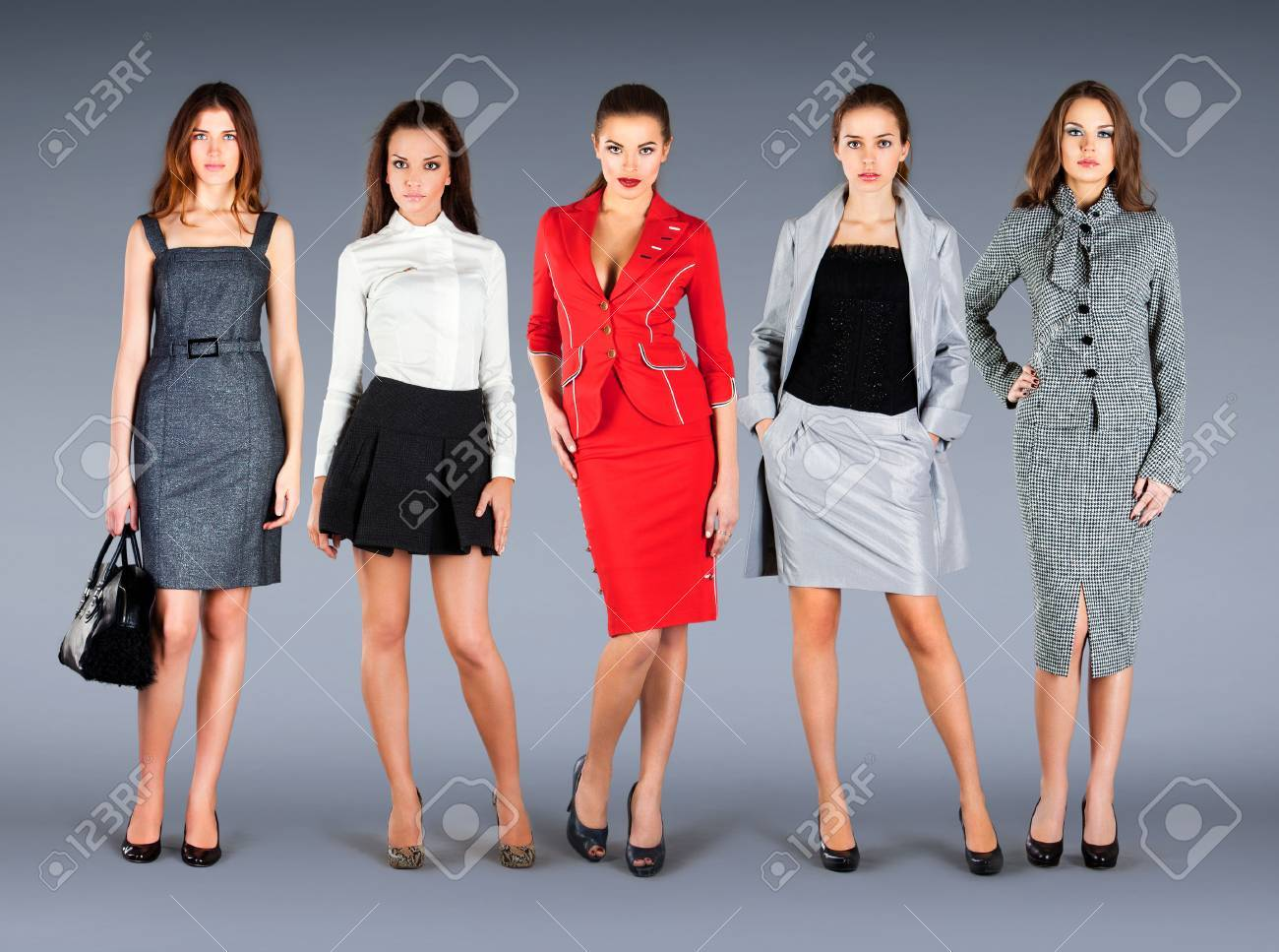 Five girls in spring summer collection clothes - 53105929