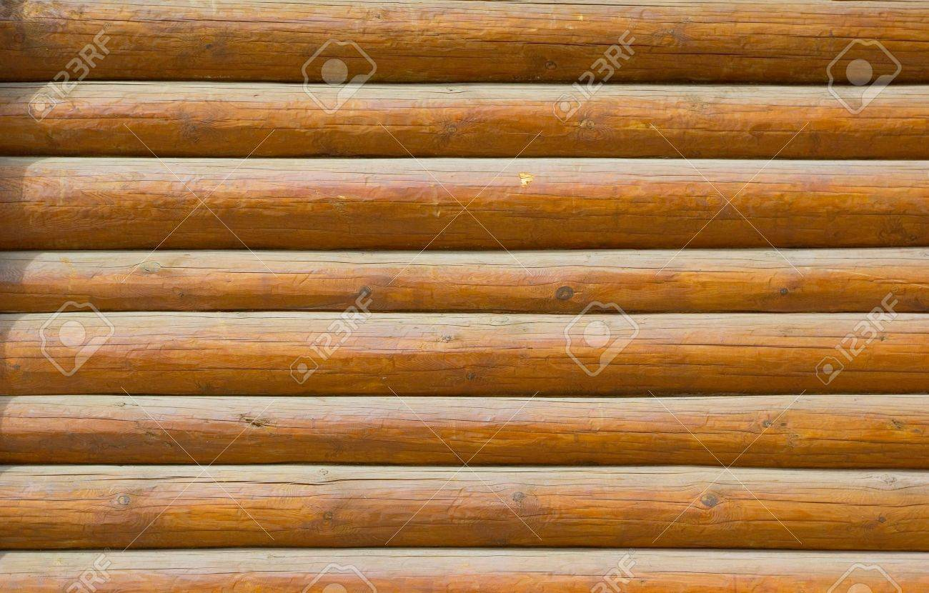 pine log wall of the house Stock Photo - 4814937