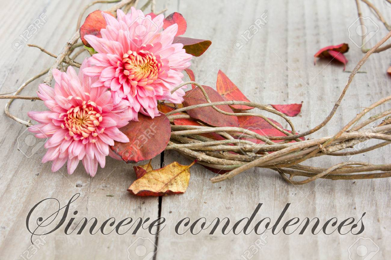 english mourning card with chrysanthemus and autumn leaves Standard-Bild - 33239948