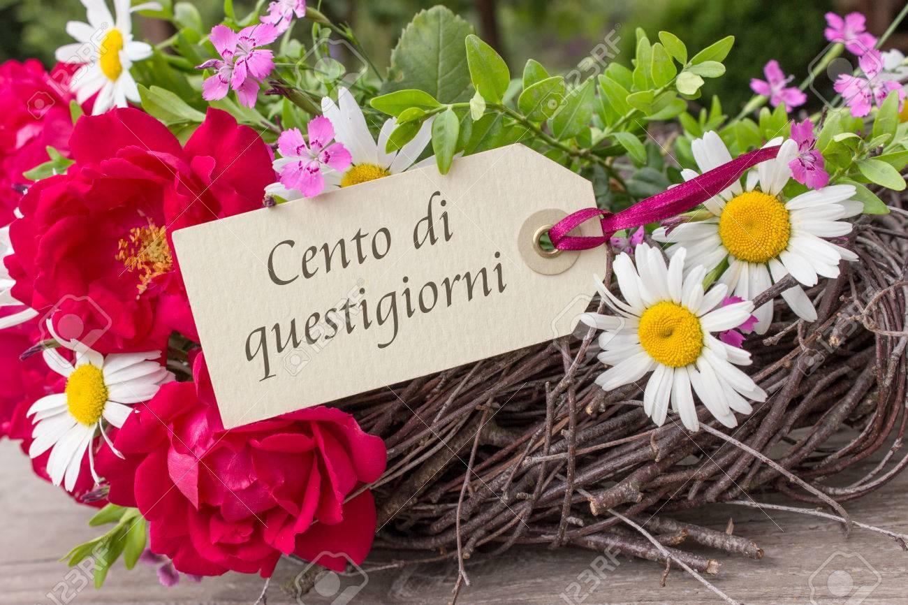 Carte Anniversaire Italien.Carte D Anniversaire Italienne Avec Des Fleurs D Ete Et Le Texte
