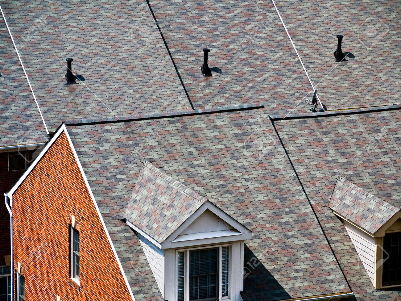 Many homes in todays suburbia Stock Photo - 5574709
