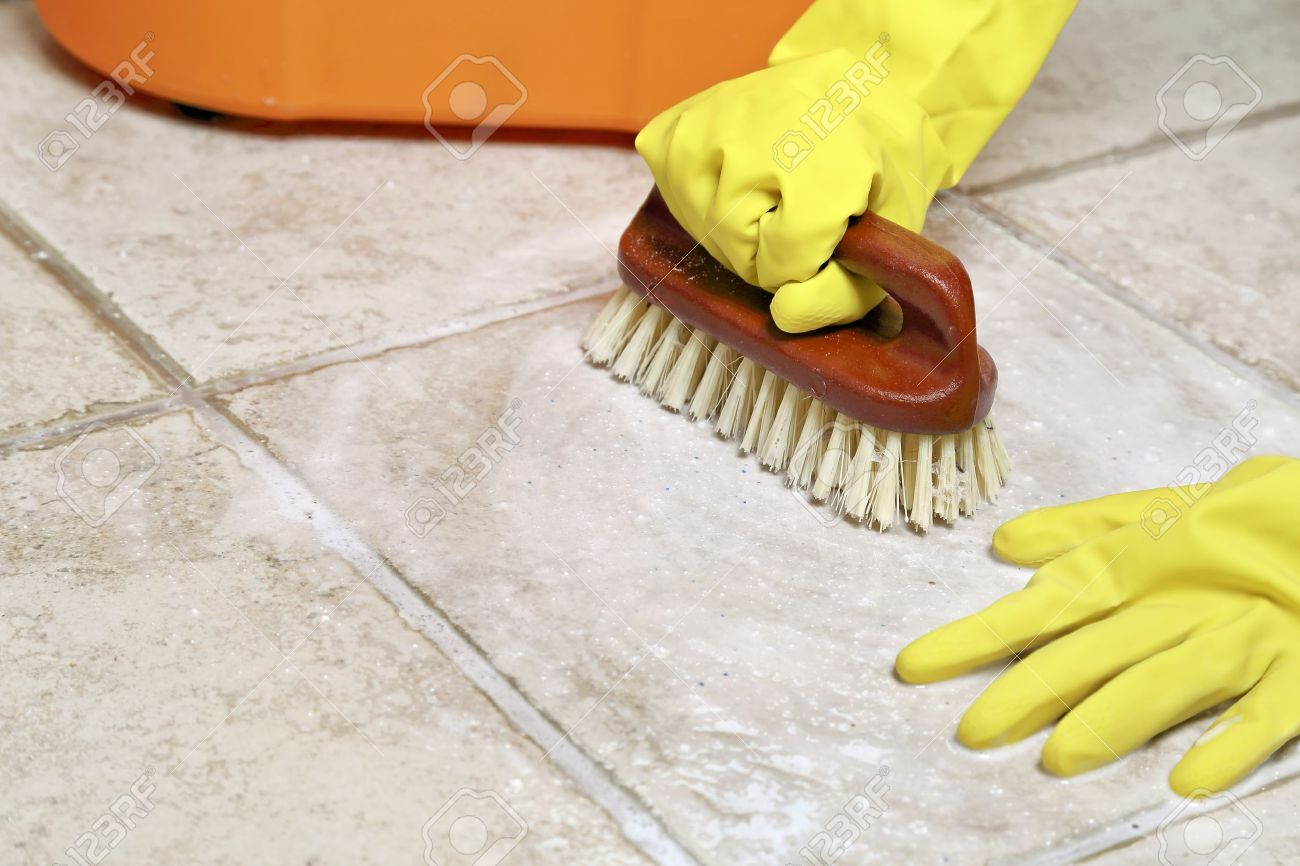 White gloves apron cleaning services - Cleaning Service Hands In Rubber Gloves Scrubbing The Floor Stock Photo