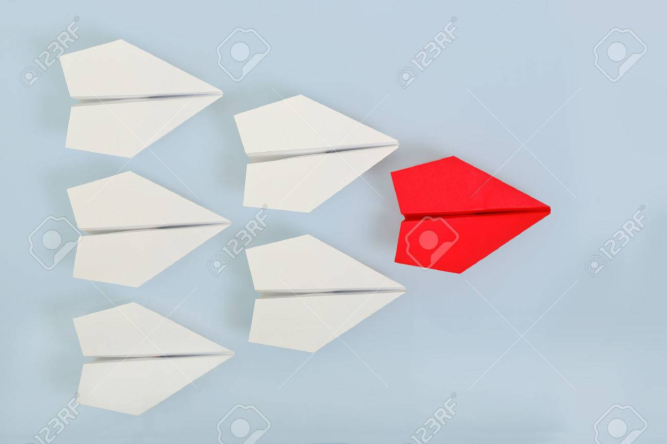 red paper plane leading white ones, leadership concept - 42303362