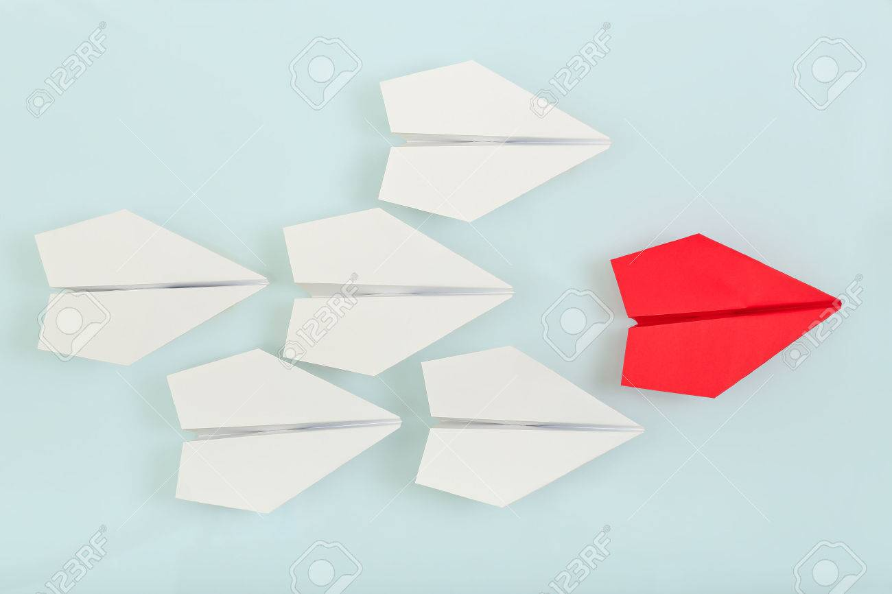 red paper plane leading white ones, leadership concept - 42303368