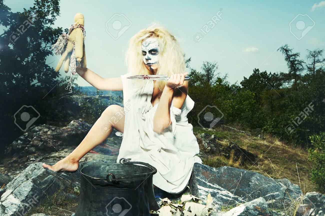 goth blonde does ritual