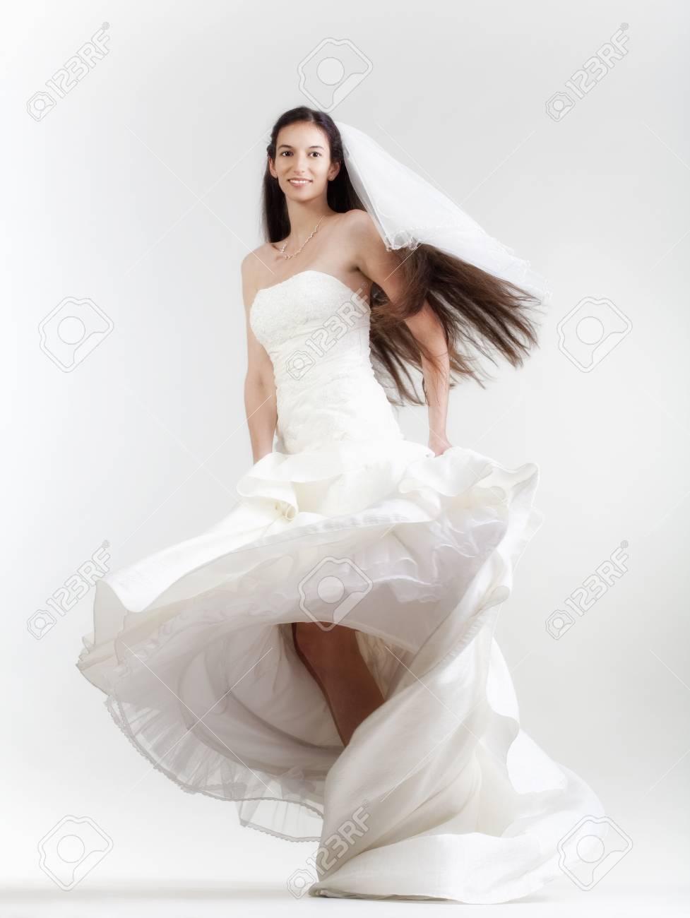 Dark Hair Styles for Wedding Dress