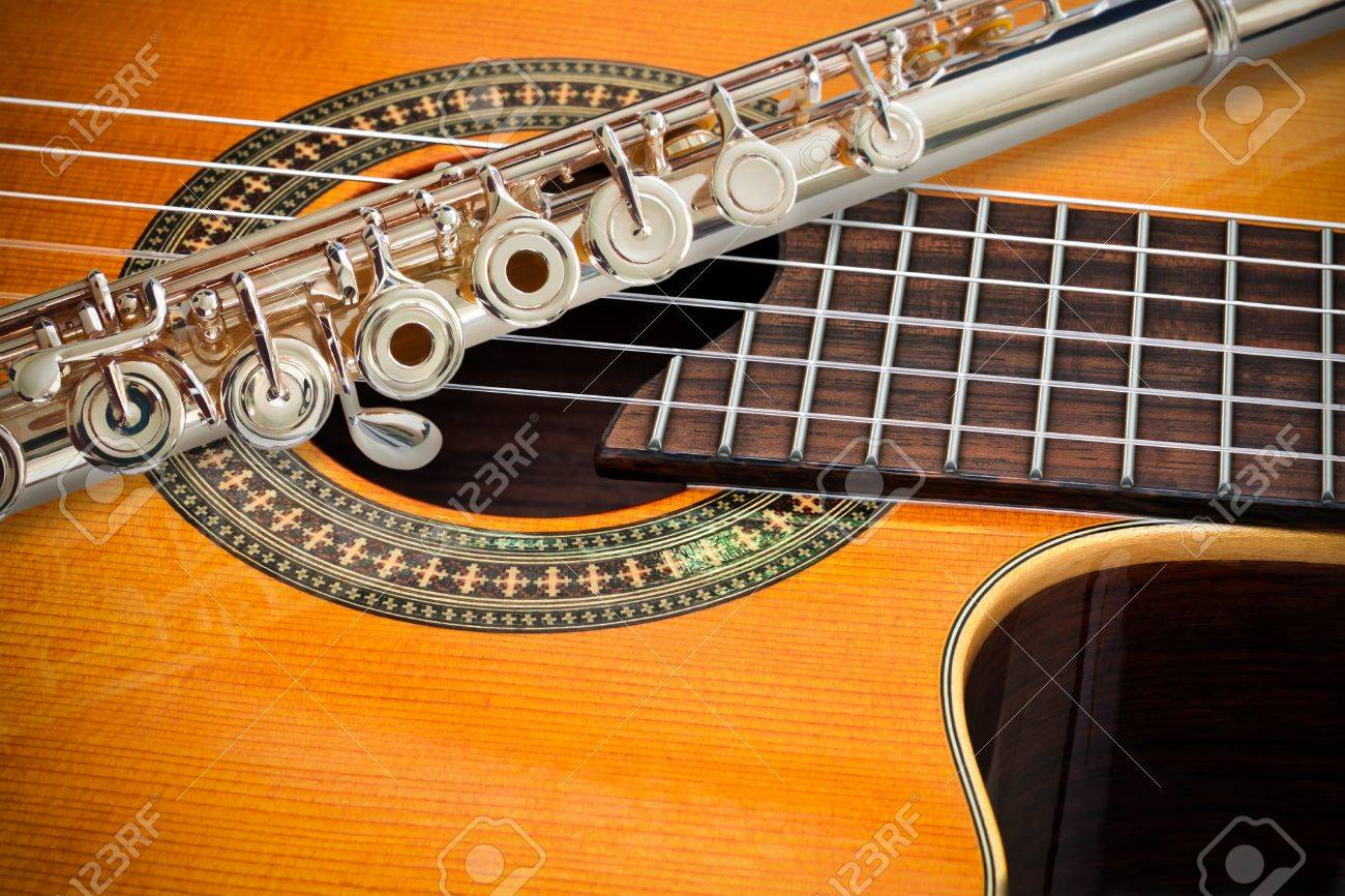 The Flute and a classical guitar Stock Photo - 9655495
