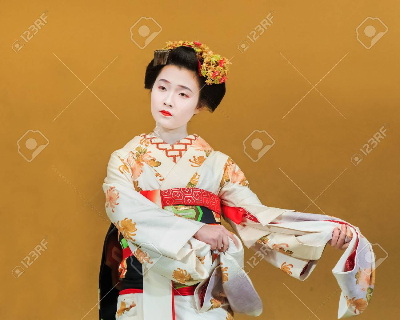 Geisha is performing traditional dance which is a tragedy of japanese folk  tale at Gion Coner