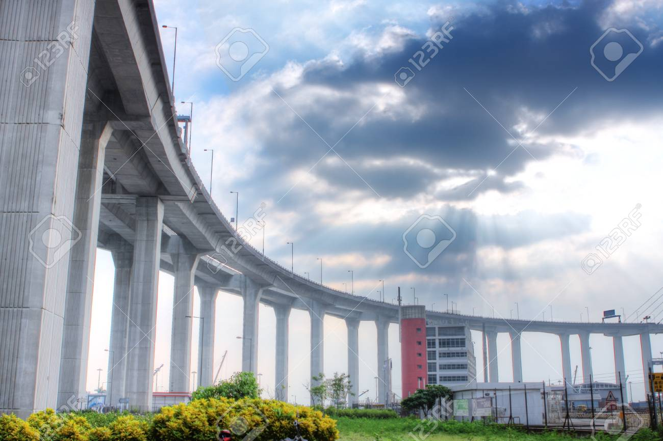 elevated express way at day time Stock Photo - 9417014