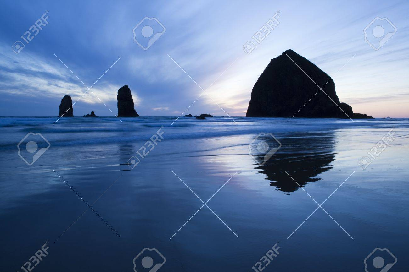 Haystack Rock at sunset, Cannon Beach, Oregon - 10871455