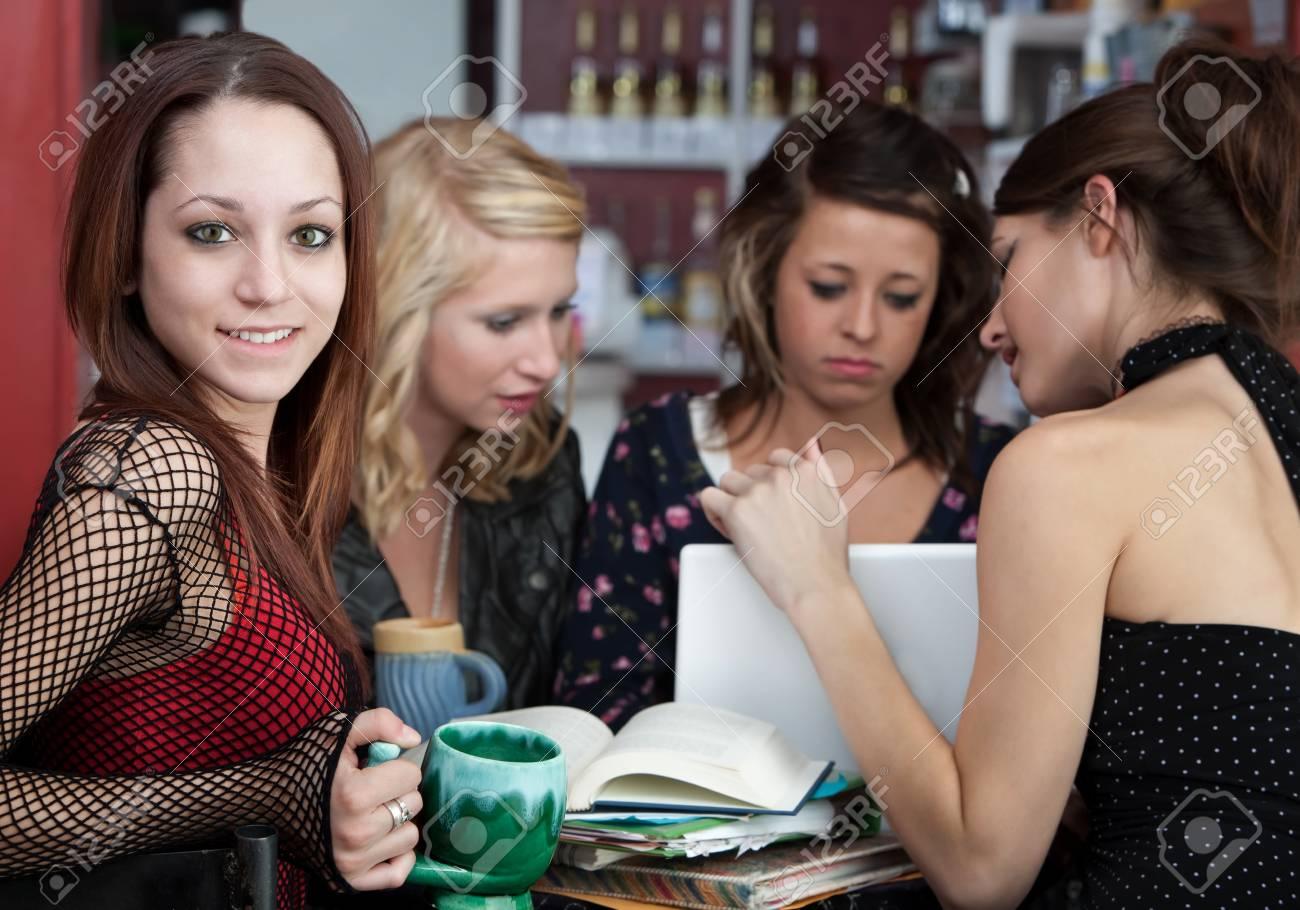 Adolescente busca amigos [PUNIQRANDLINE-(au-dating-names.txt) 31