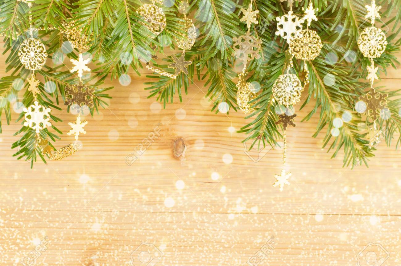 Fine Christmas Decorations For Walls Inspiration - Wall Art ...