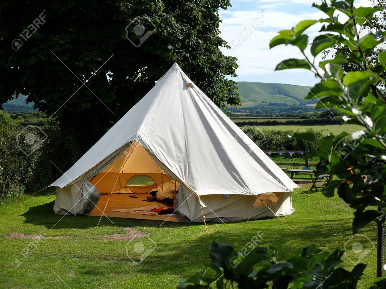 Traditional canvas bell tent in english countryside Stock Photo - 61041856 & Traditional Canvas Bell Tent In English Countryside Stock Photo ...