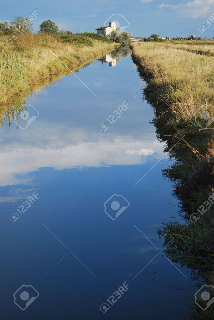 Landscape with farm house and canal, Cervia, Ravenna, Italy Stock Photo - 8395832