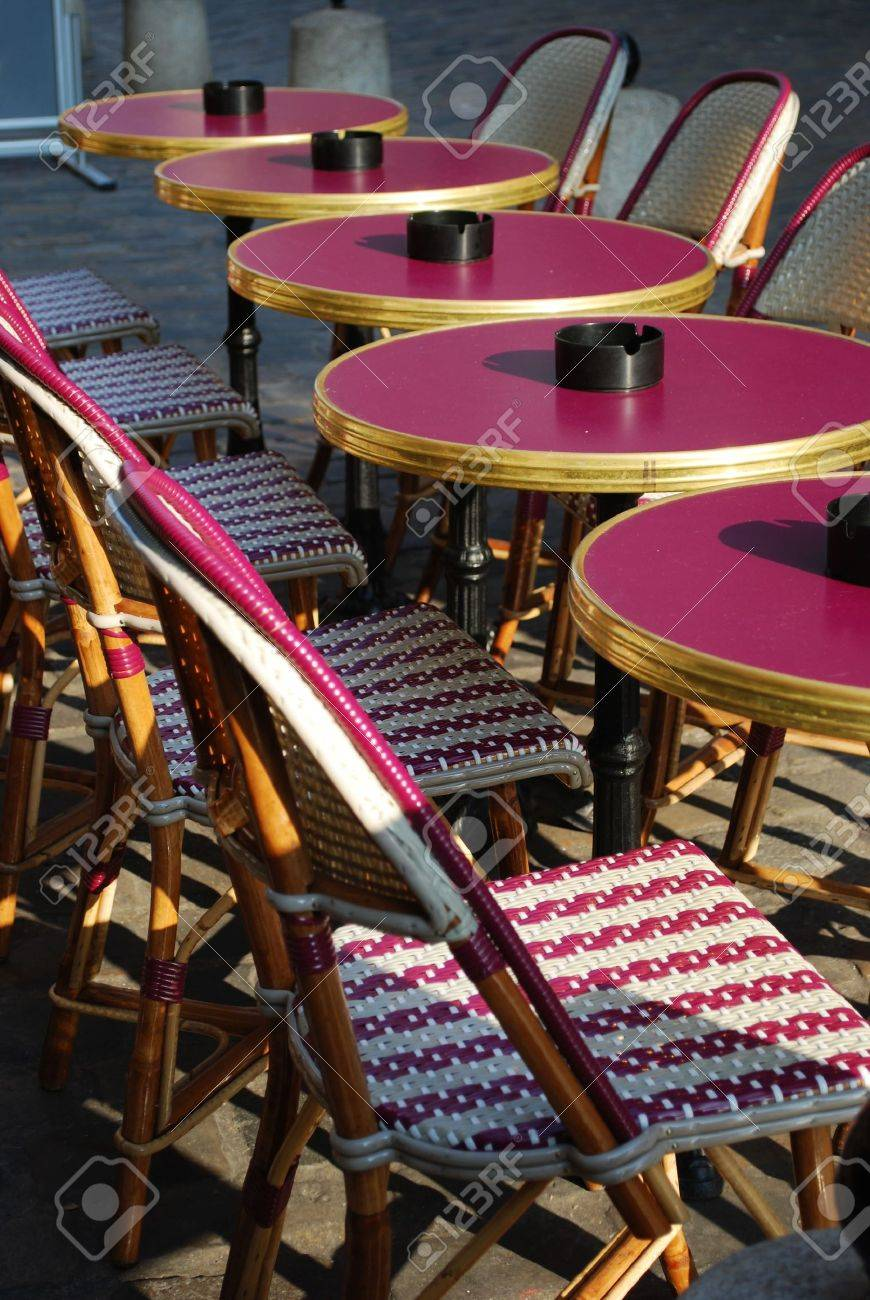 Stock Photo - Typical outdoor cafe with tables and chairs on the sidewalk in Paris France & Typical Outdoor Cafe With Tables And Chairs On The Sidewalk In ...