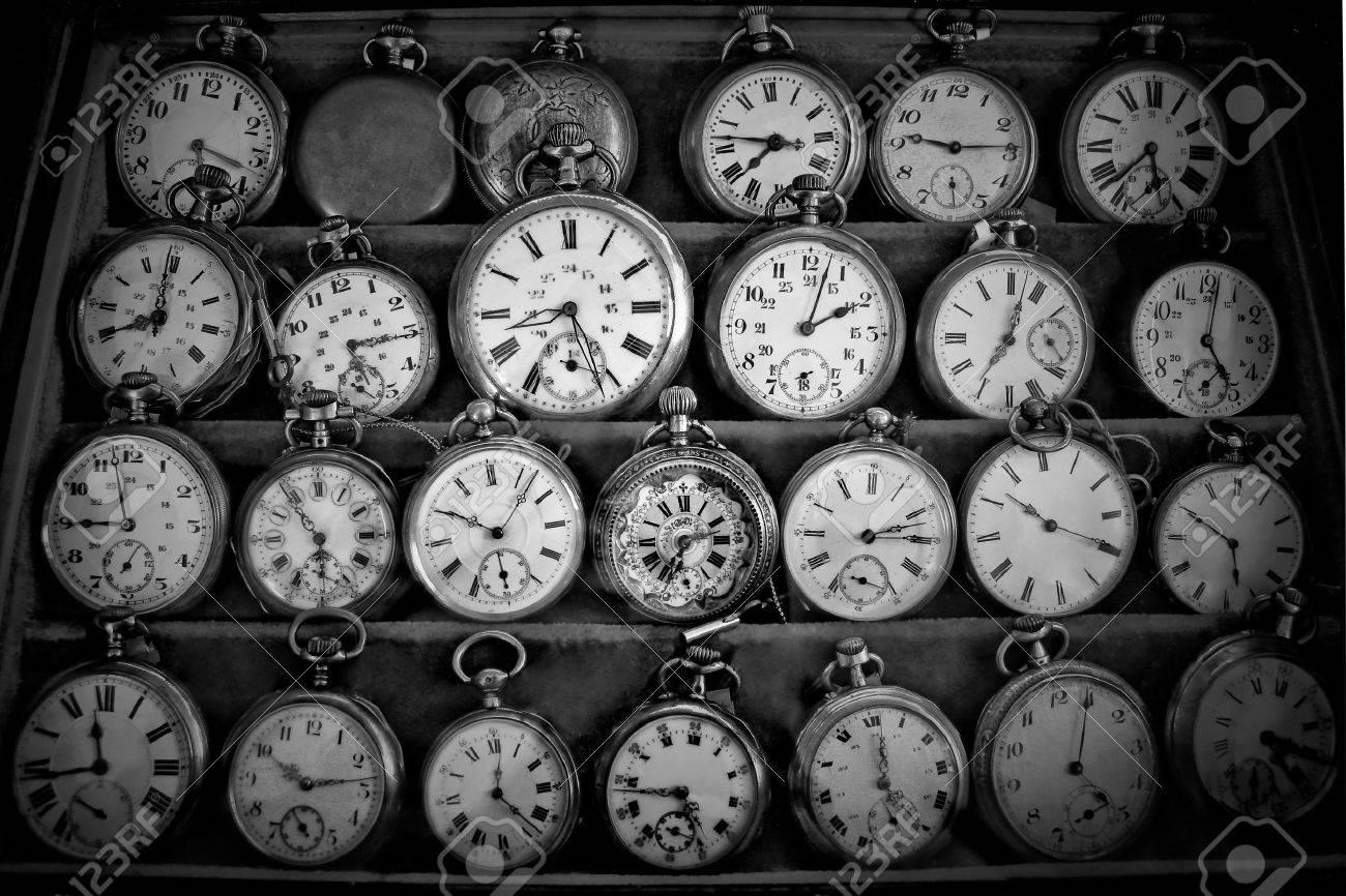 vintage watches Stock Photo - 9228288