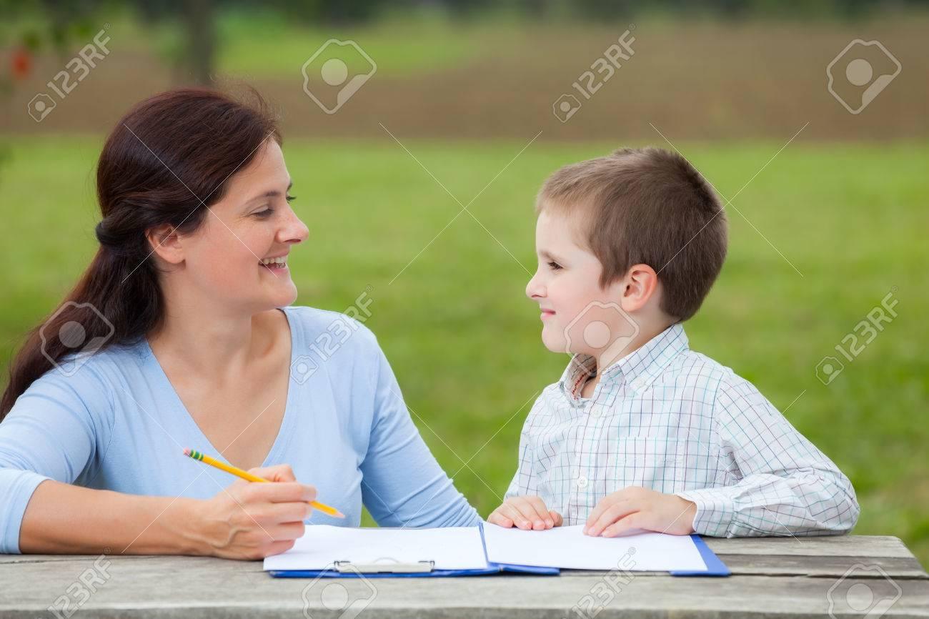 Баба учи т мальчика фото 754-886