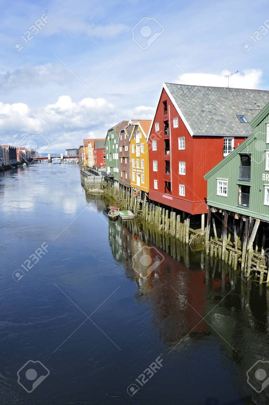 Bryggen - Trondheim - Norway - 16782188