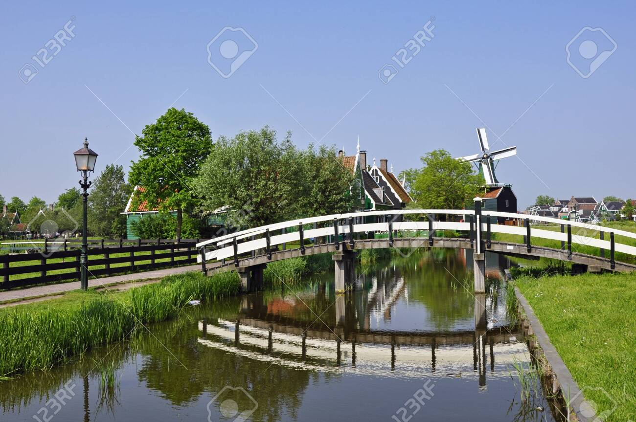 Windmills Zaanse Schans - The Netherlands - 27787574