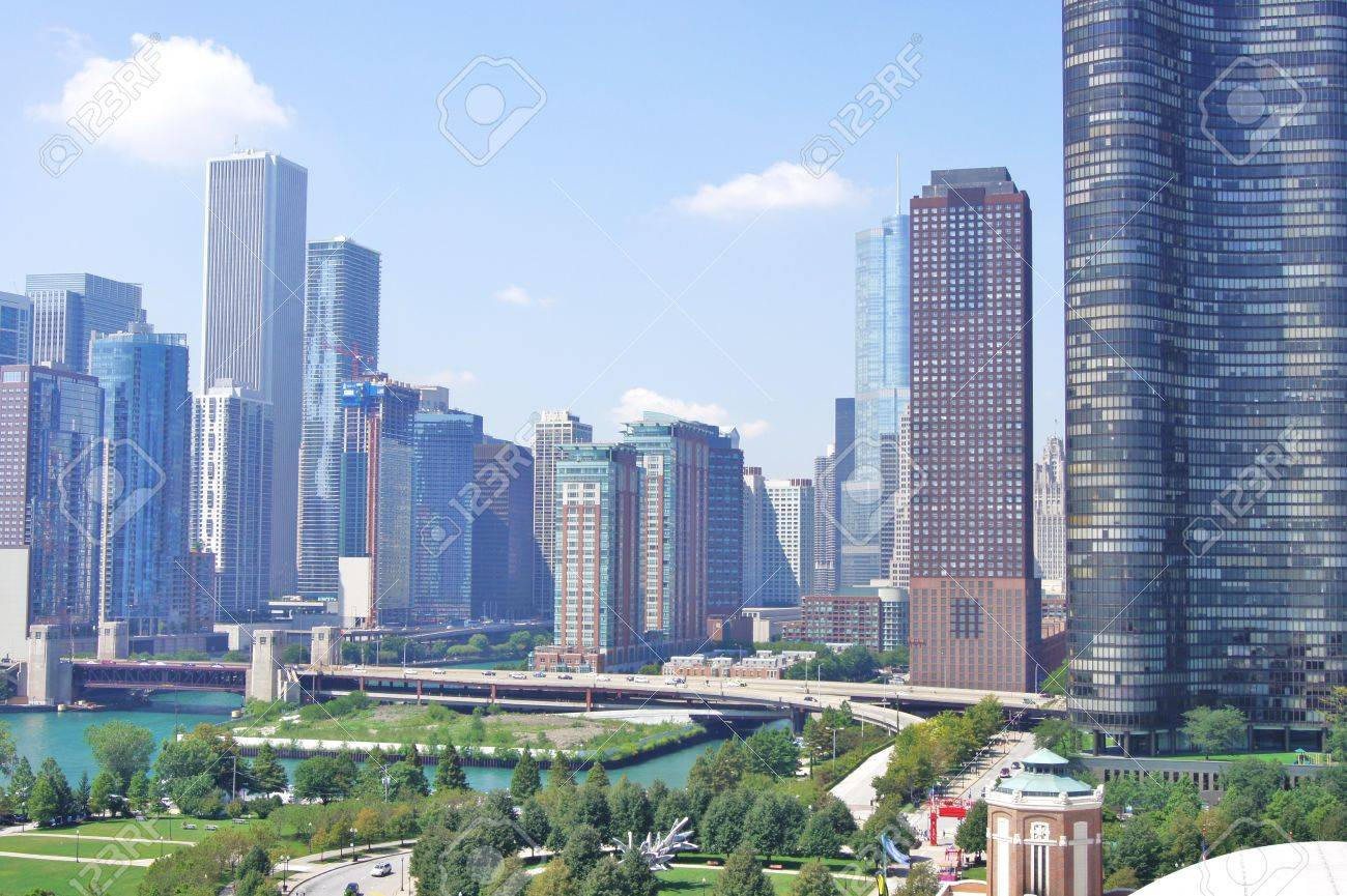 Downtown Chicago Buildings Framing The Famous Navy Pier Stock Photo ...