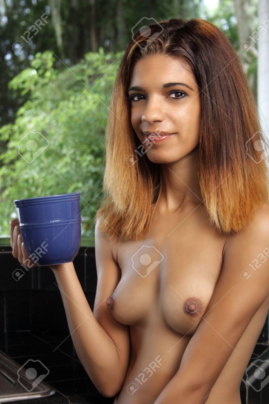 nackt bilder latina