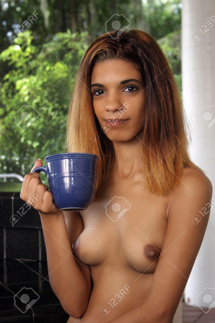 latina nackt foto