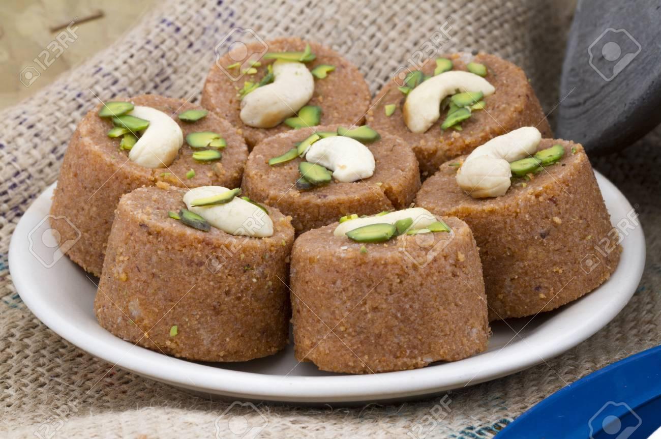 Nordindische Küche | Pinni Ist Eine Art Punjabi Und Nordindische Kuche Die Hauptsachlich