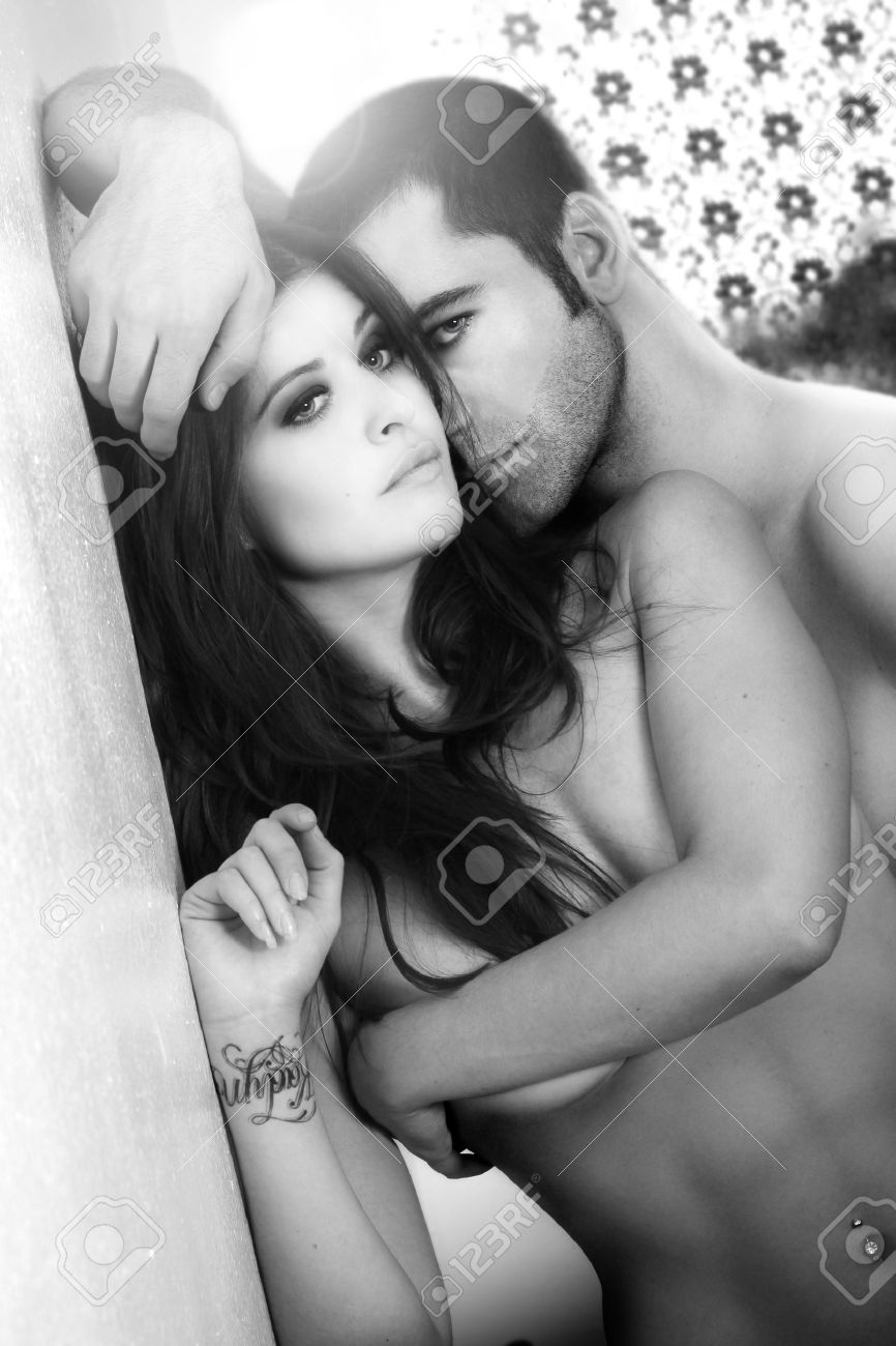 Black and white portrait of a sexy male and female couple Stock Photo - 5590322