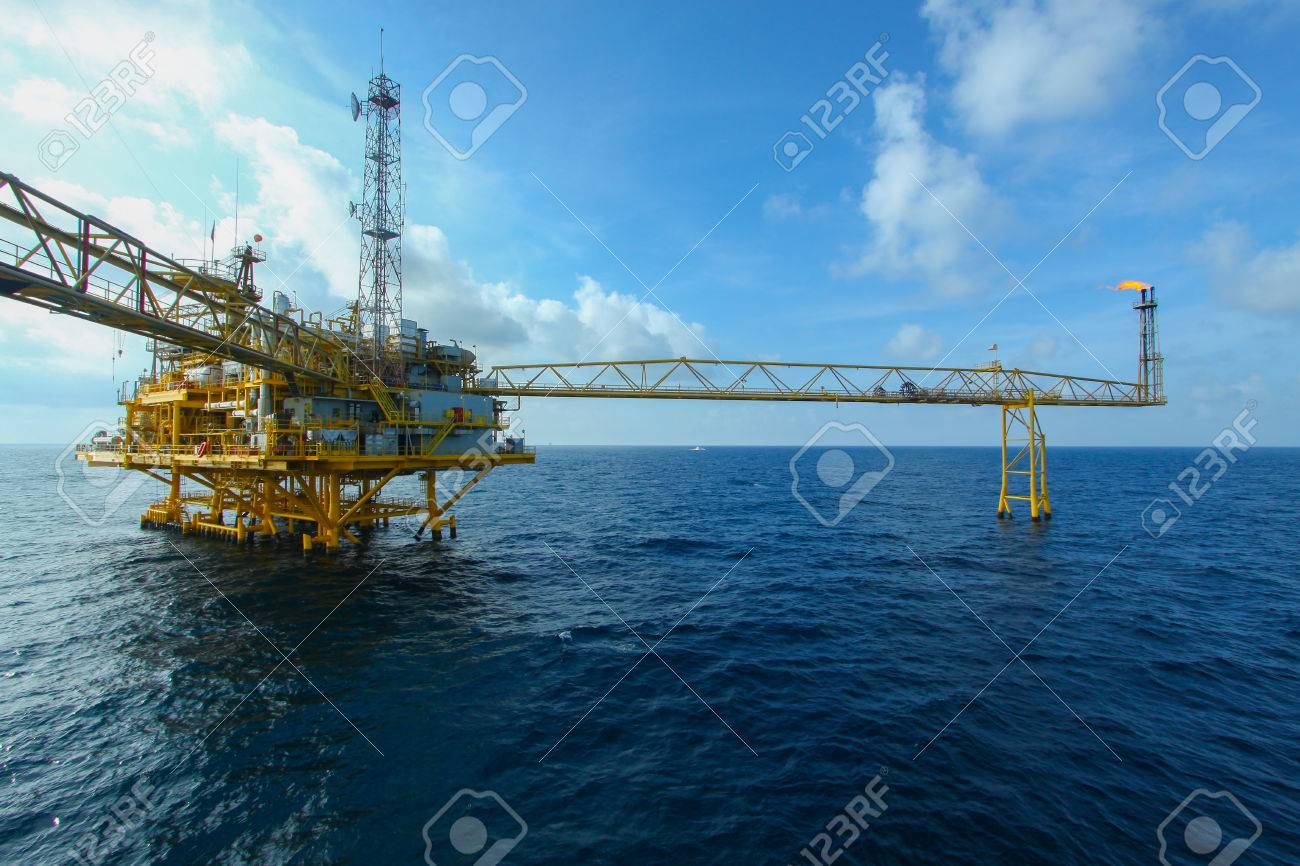 Oil and gas platform in offshore,World energy, The construction for petroleum society Stock Photo - 22922244