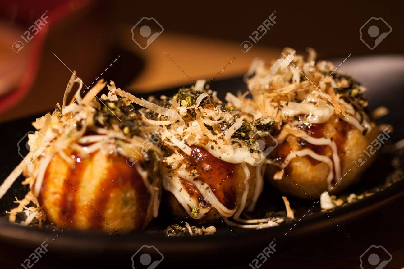 Takoyaki octopus balls - Japanese food, Takoyaki Stock Photo - 26695011