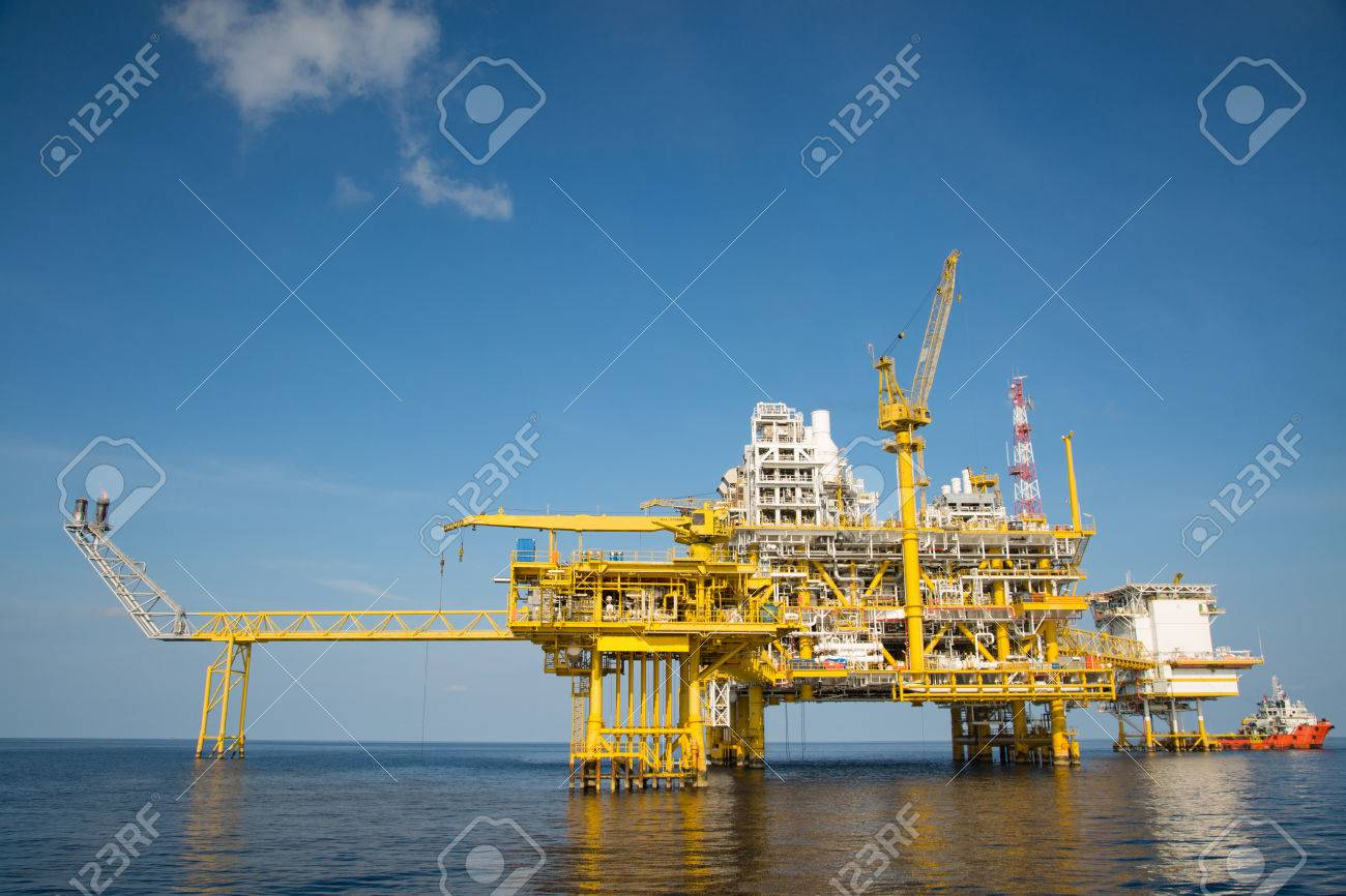 Offshore oil and gas production and exploration business. Production oil and gas plant and main construction platform in the sea. Energy business. Stock Photo - 39031707