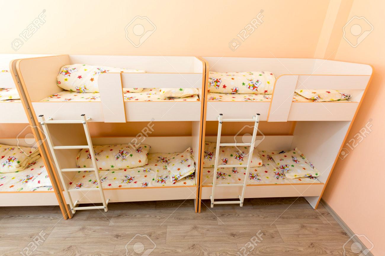 Camera con due letti a castello : camera con due letti a castello ...