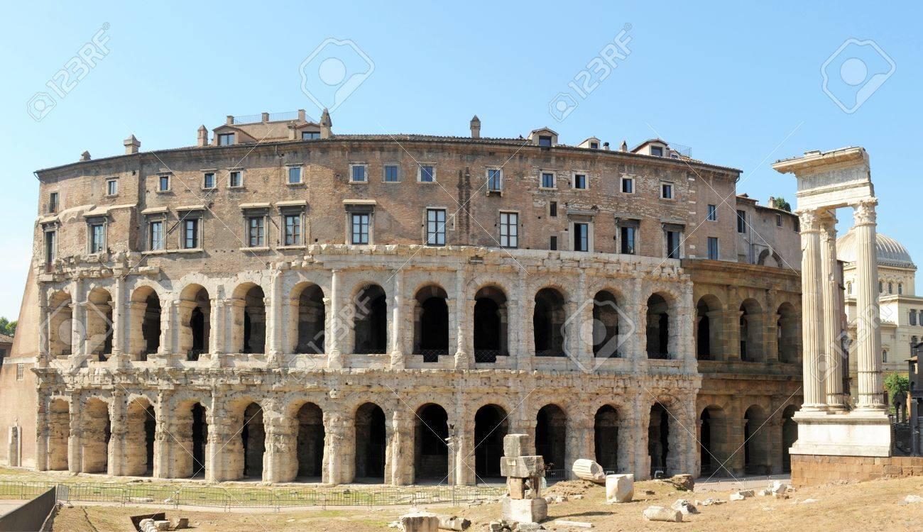 マルケッルス劇場はローマ共和国...