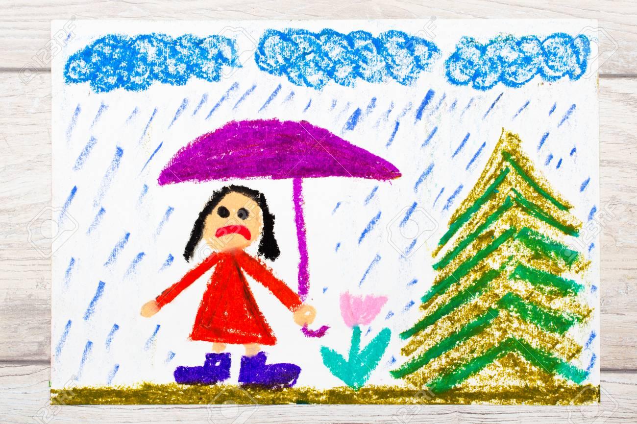 Photo De Dessin Coloré Temps Pluvieux Et Triste Petite Fille Tenant Le Parapluie
