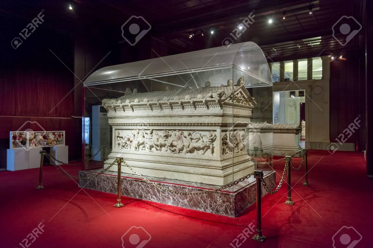 Detail Von Alexander Sarcophagus Im Istanbul Archäologiemuseum, Das ...