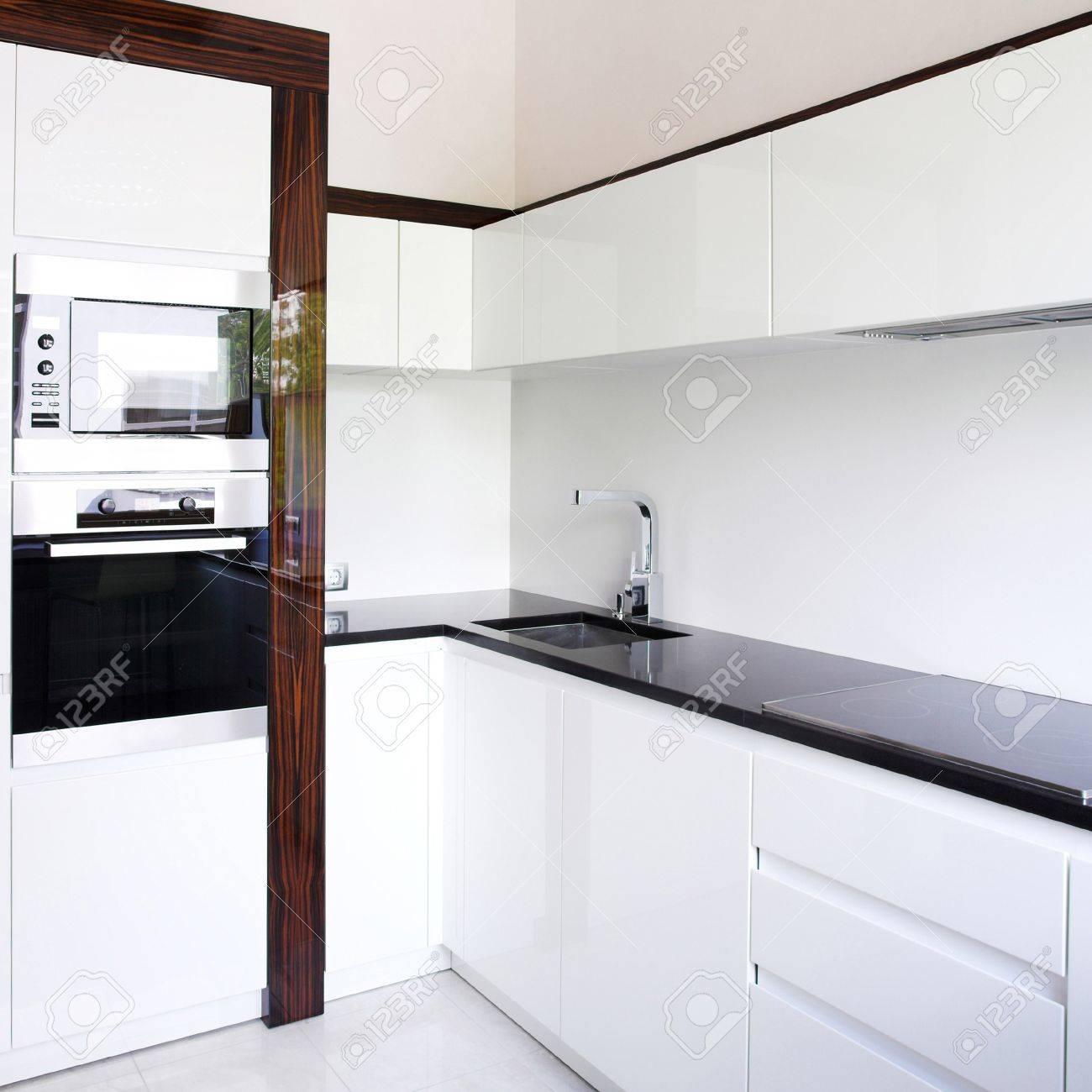 Kitchen interior corner in white Stock Photo - 4188095