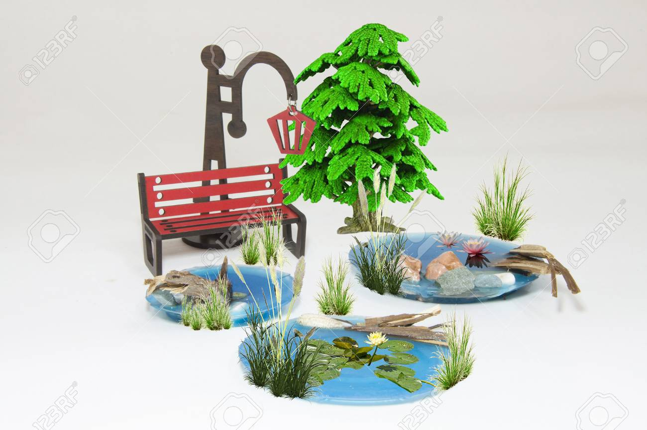Excellent Wooden Red Park Bench Maquette And Light Bulb Small Lakes Pine Bralicious Painted Fabric Chair Ideas Braliciousco