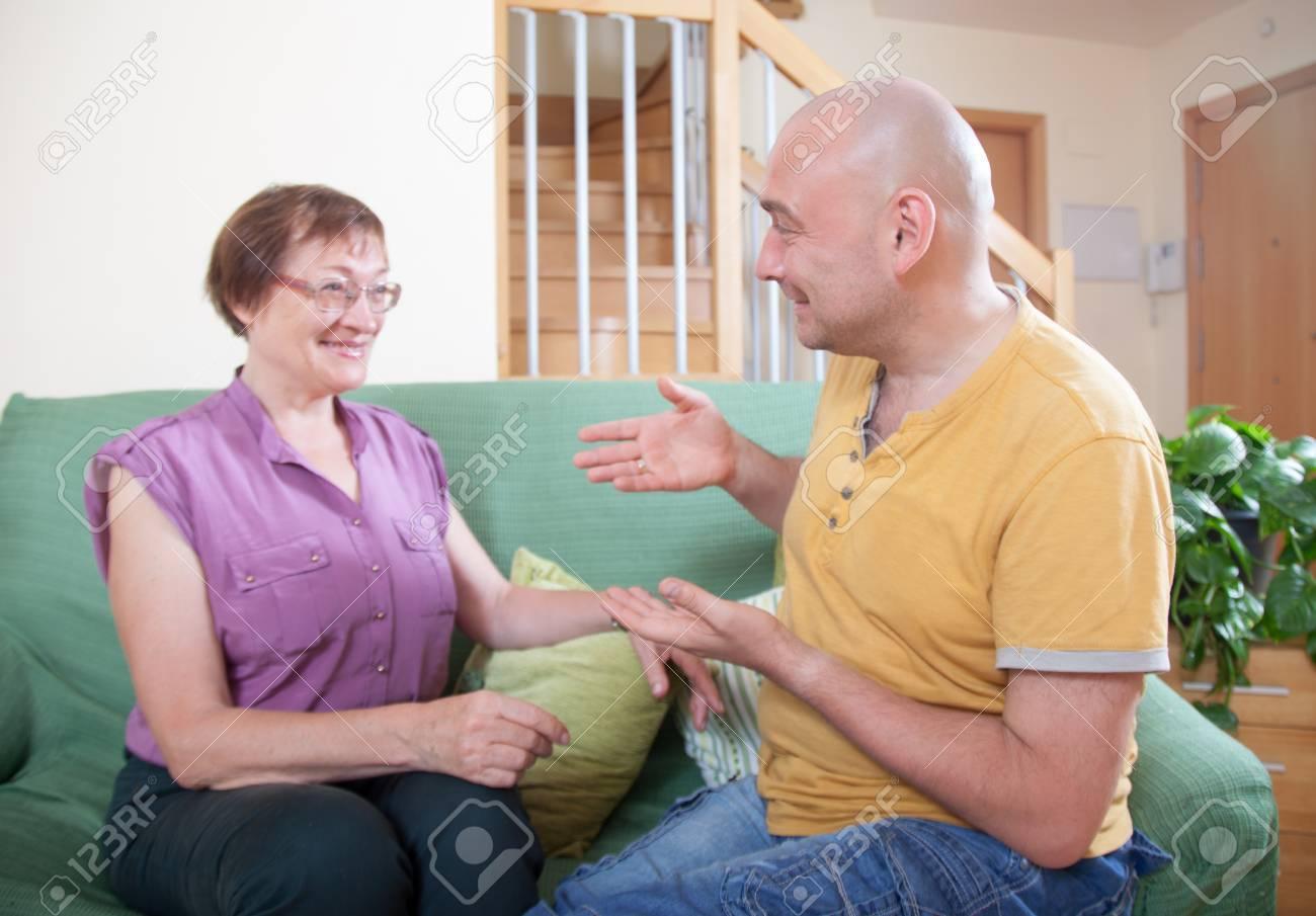 Сын трахает родную мать в жопу, Как сын трахает маму уникальное видео в качестве HD 14 фотография