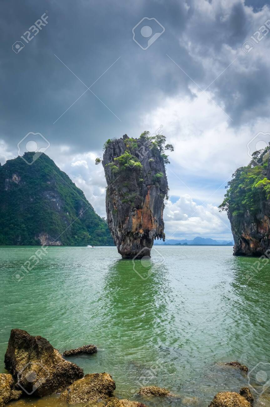 Ko Tapu Rock In James Bond Island Phang Nga Bay Thailand