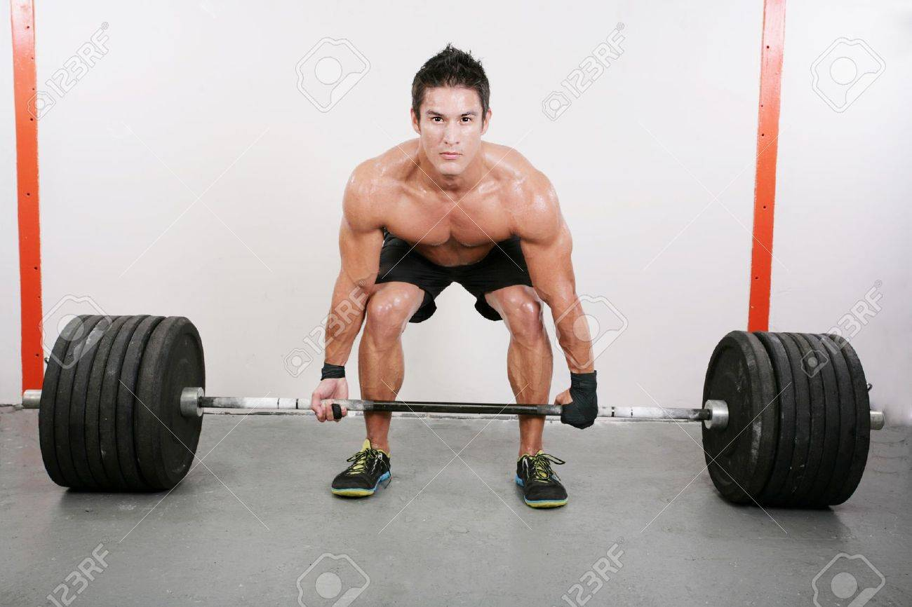 Фото молодые в спортзале 20 фотография