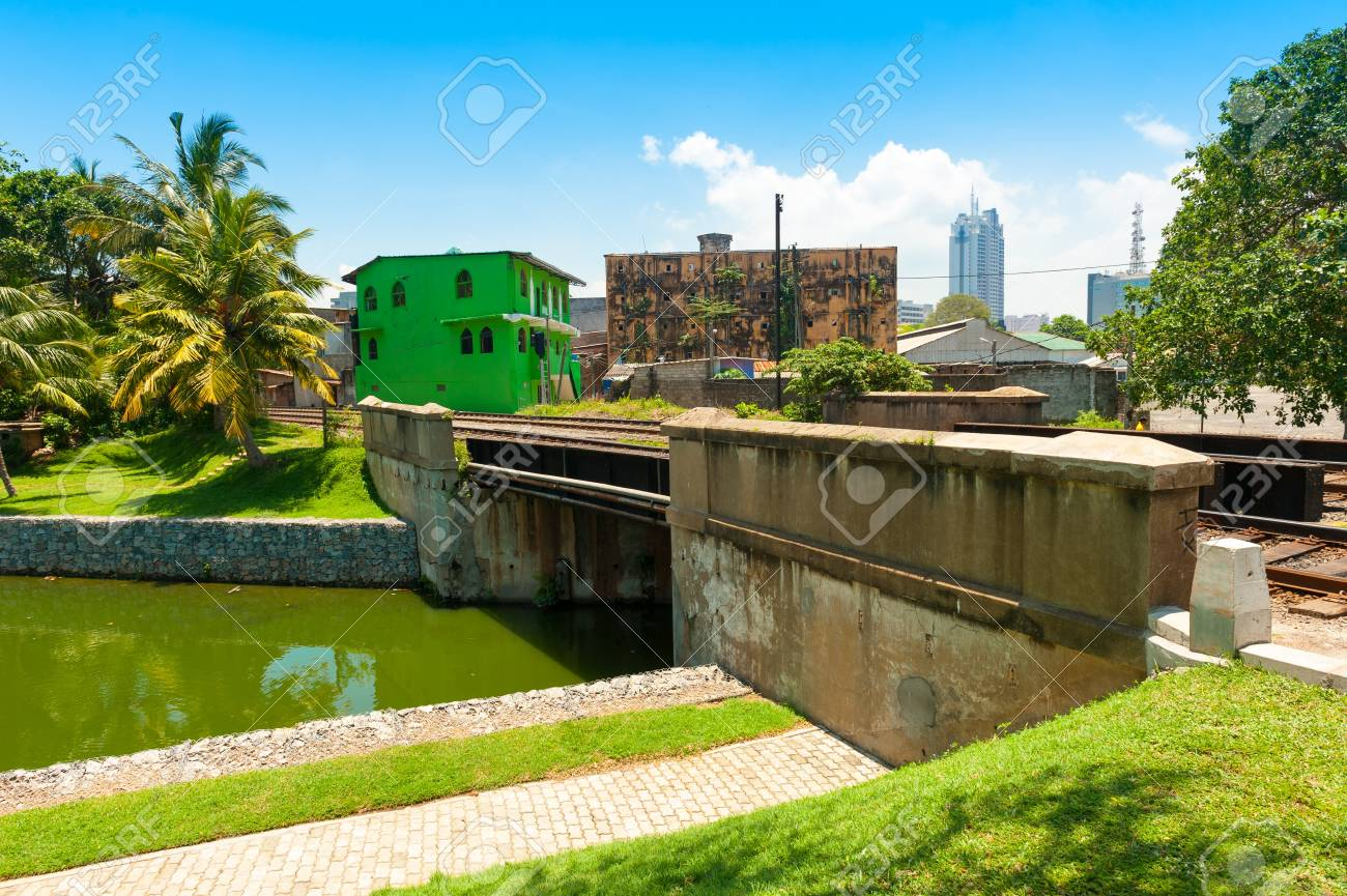 COLOMBO - APRIL 13: Panorama of Fort district on the day of April 13, 2012 in Colombo, Sri Lanka. Colombo is the largest city and the commercial, industrial and cultural capital of Sri Lanka. Stock Photo - 16585489
