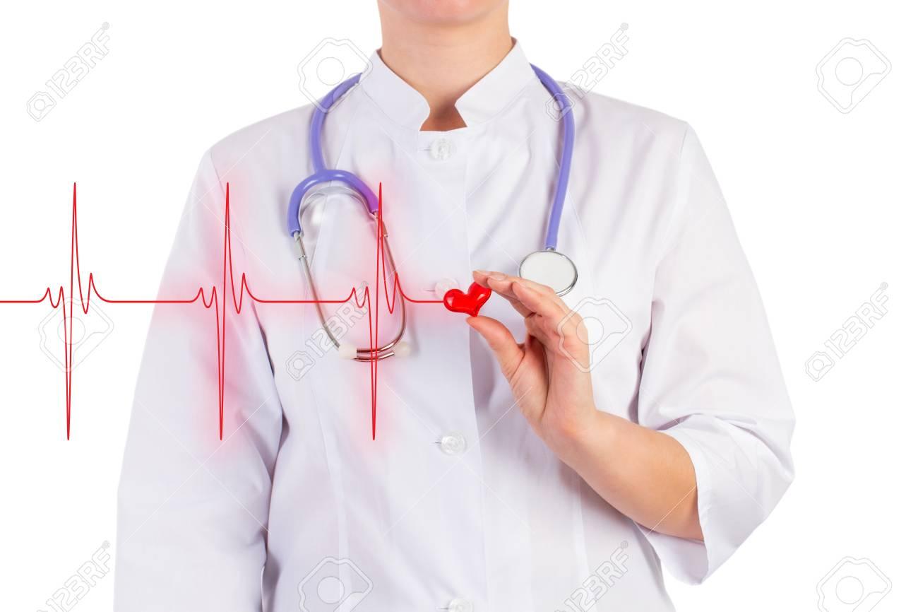 Der Arzt Hält Ein Spielzeug-Herz, Diagramm Herz, Isoliert ...